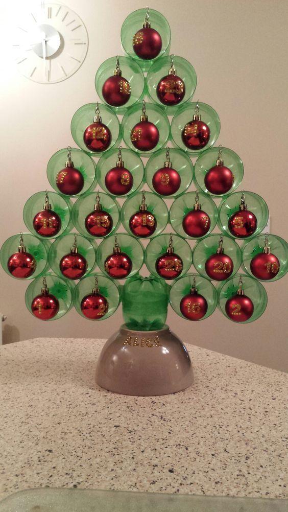 Artesanato enfeites natal garrafas arvore natal