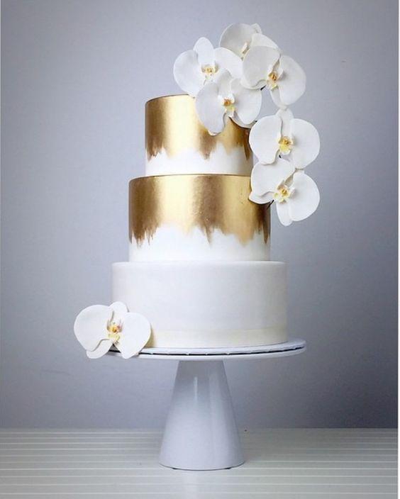 bolo casamento branco dourado