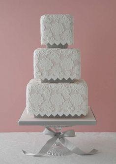 bolo casamento renda quadrado