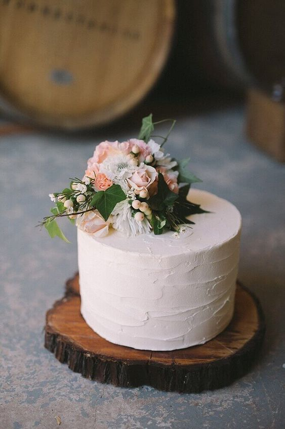 bolo casamento simples flores