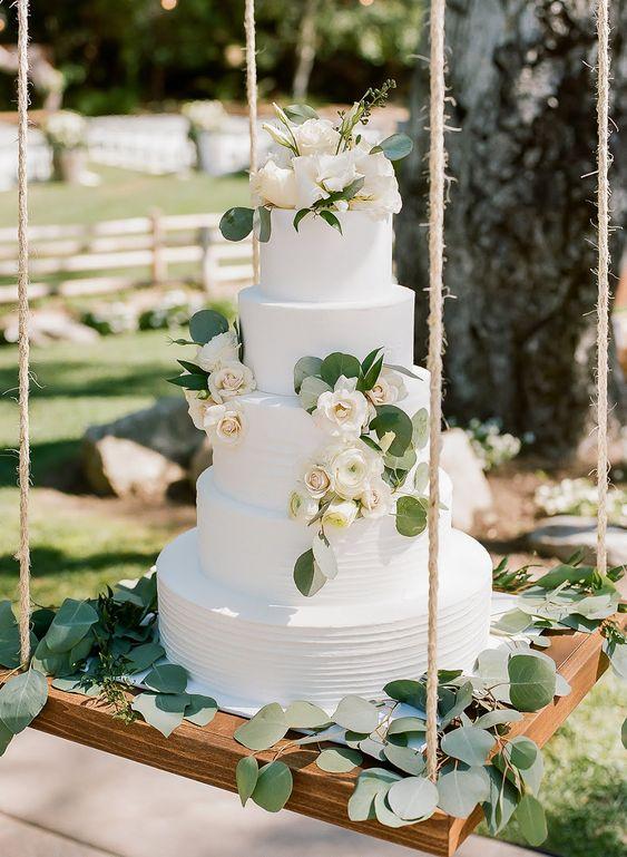 bolo casamento suspensos