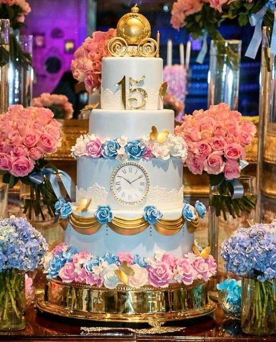 bolo decorado 15 anos cinderela