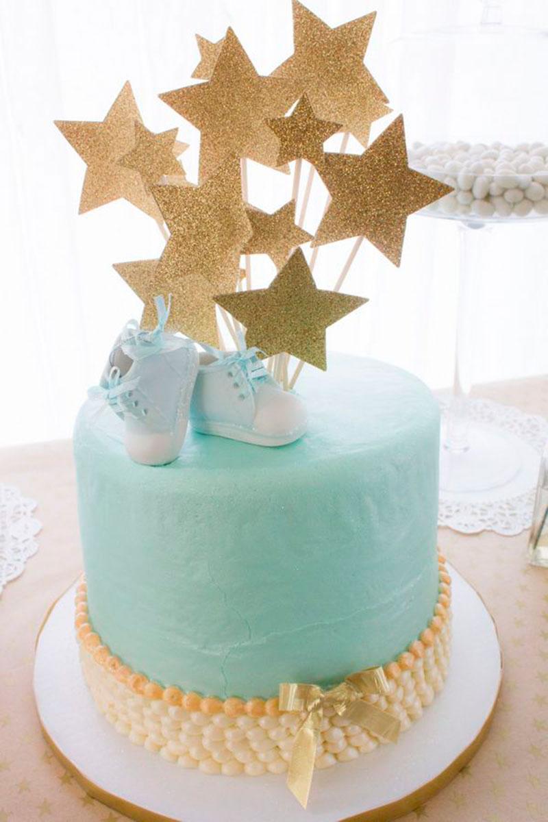 bolo decorado cha bebe menino estrelas