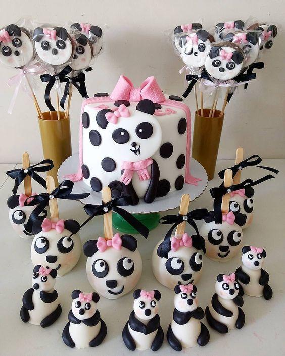 bolo decorado festa panda rosa bolinhas