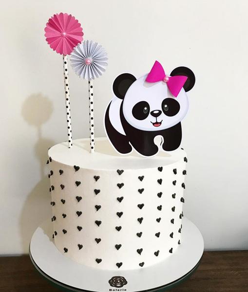 bolo decorado festa panda rosa coracao