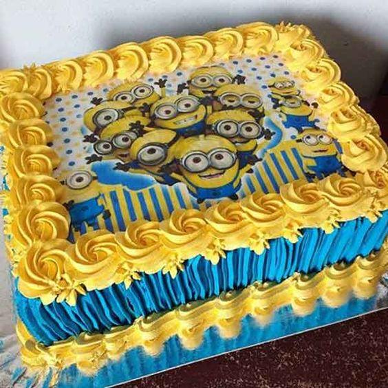 bolo festa minions quadrado
