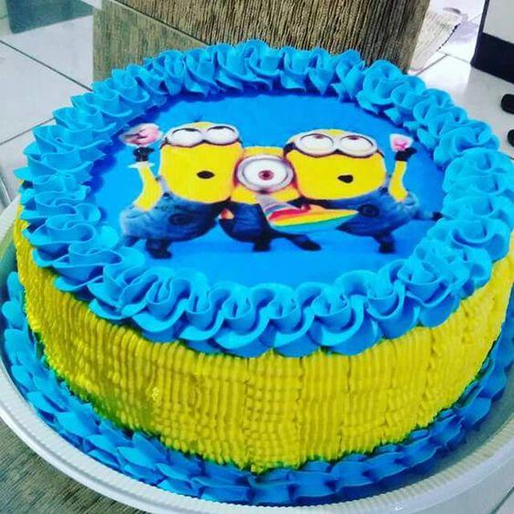 bolo festa minions redondo
