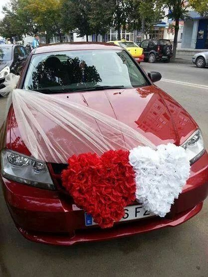decoracao carro noivos coracao