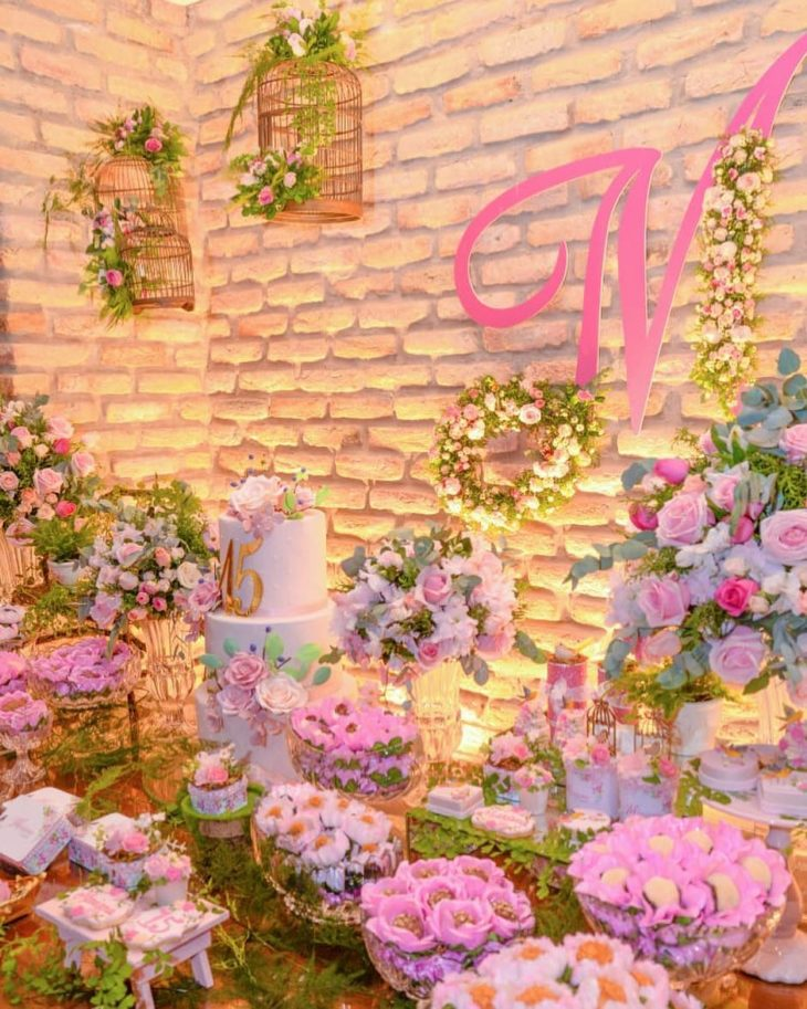 decoracao festa 15 anos flores