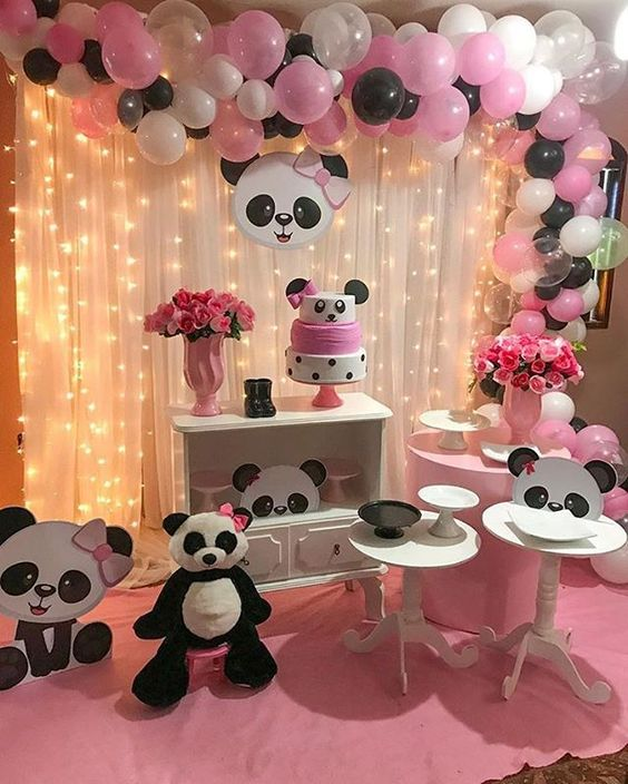 decoracao festa panda rosa arco baloes