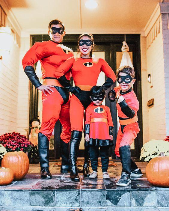 fantasia halloween familia incriveis