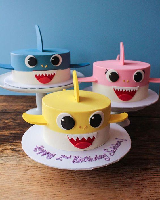 festa baby shark bolo 4