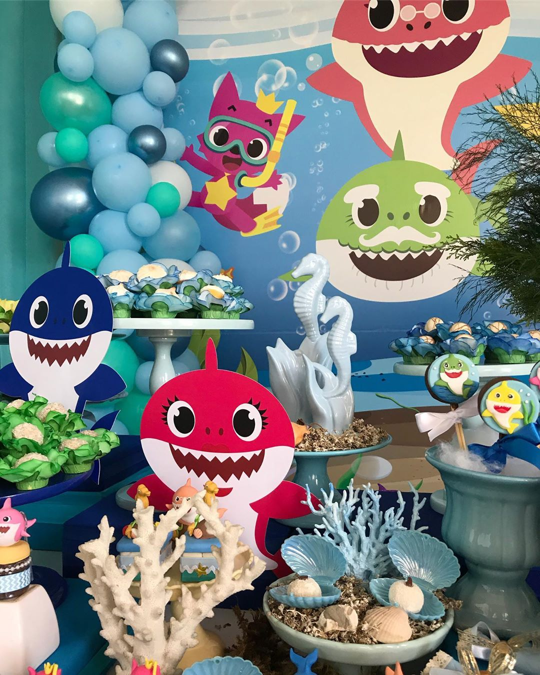 festa baby shark decoracao 1
