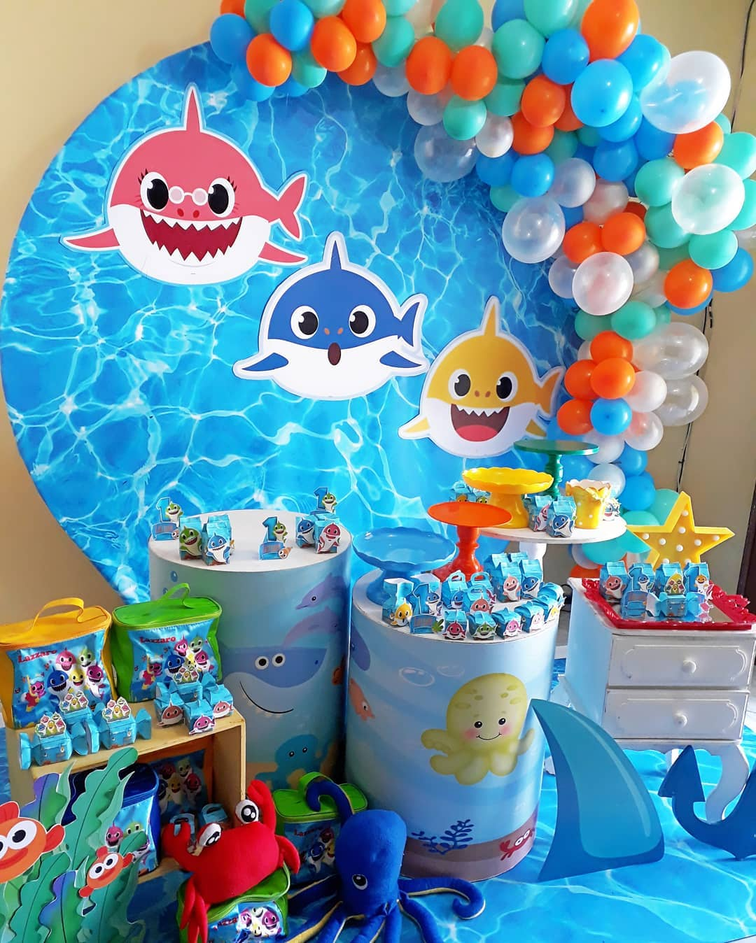 festa baby shark decoracao 2