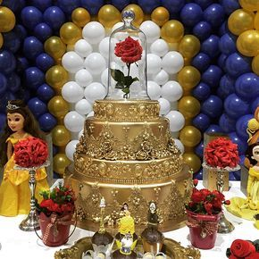festa bela fera bolo