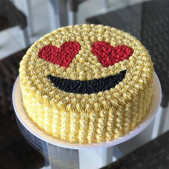 festa emoji bolo