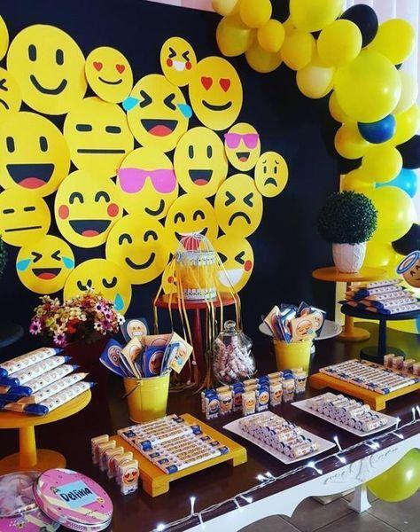 festa emoji painel