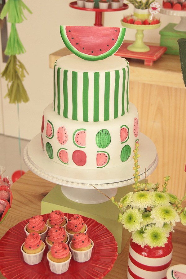 festa melancia bolo decorado