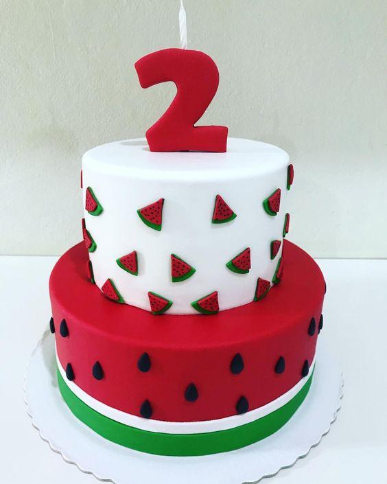 festa melancia bolo diferente