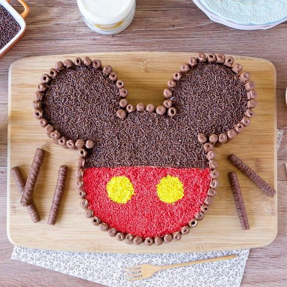 festa mickey bolo chocolate