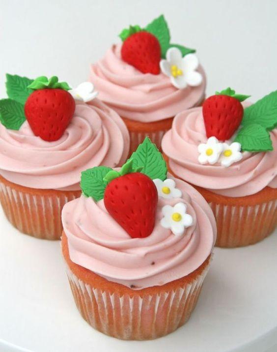 festa moranguinho doces 3