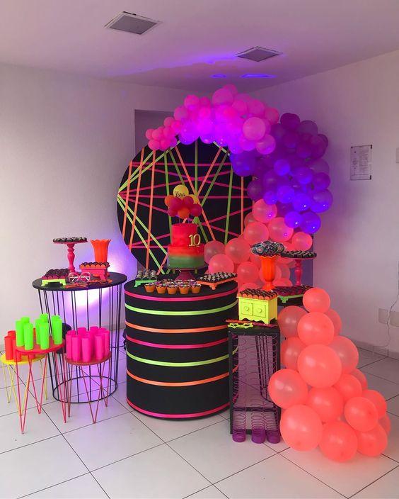 festa neon painel 4