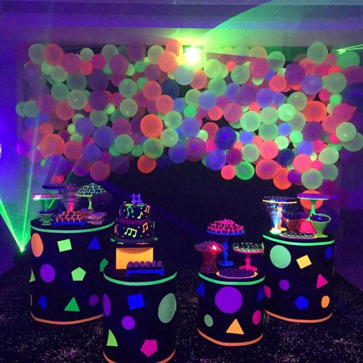 festa neon painel