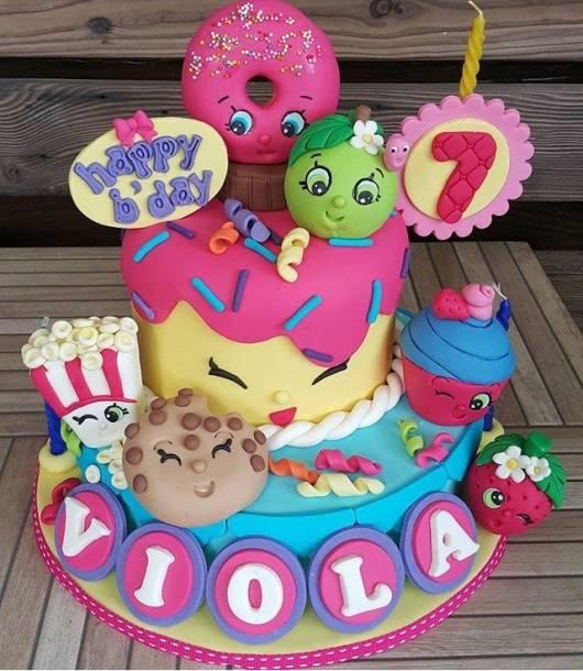 festa shopkins bolo