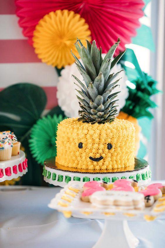 festa tropical bolo