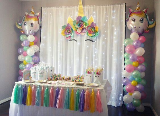 festa unicornio decoracao colorida